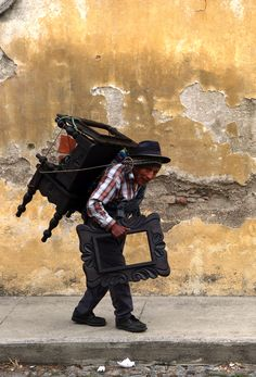 World's strongest man found right here in Antigua Guatemala.