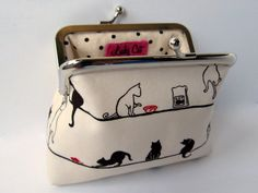 Cat purse @ LuckyCatHandmade