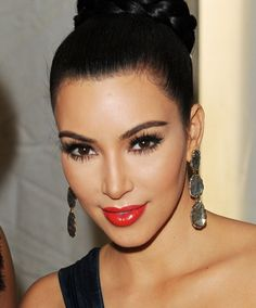 Kim Kardashian Make-up Kim K Makeup, Red Lip Makeup, Cute Makeup, Gorgeous Makeup, Awesome Makeup, Perfect Makeup, Pretty Makeup, Looks Kim Kardashian, Kardashian Beauty