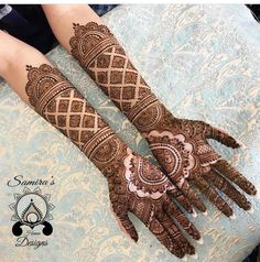 Gorgeous Indian mehndi designs for hands this wedding season – Henna 2020 Henna Hand Designs, Wedding Henna Designs, Mehndi Designs Finger, Latest Bridal Mehndi Designs, Engagement Mehndi Designs, Full Hand Mehndi Designs, Mehndi Designs For Girls, Mehndi Design Photos, Beautiful Henna Designs