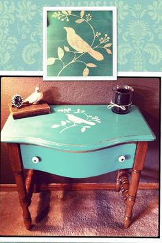 My favorite furniture chalk paint makeover yet! Stenciled and waxed Pulaski side table  #chalkpaintedtable #birdstenciltable turquoisetable
