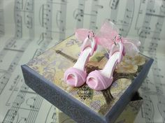 """Orecchini+scarpette+""""Rosa""""+con+tacco+in+Fimo+di+Ciondolandia+Bijoux+su+DaWanda.com"""