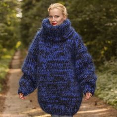 Big and heavy hand knitted sweater in black and blue, size S, M, L, XL