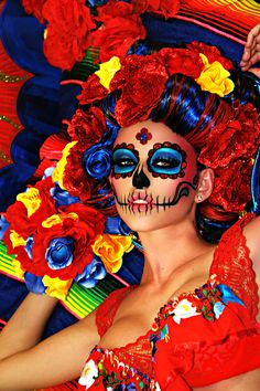Dia de Los Muertos  (Day of the Dead), is a Mexican celebration, it is a day to celebrate, remember and prepare special foods in honor of those who have departed. On this day in Mexico, the streets near the cemeteries are filled with decorations of papel picado, flowers, candy calaveras (skeletons and skulls), and parades. Halloween 2015, Halloween Party, Halloween Make Up, Halloween Costumes, Santa Muerte, Mexican Holiday, Candy Skulls, Sugar Skulls, Day Of The Dead Party