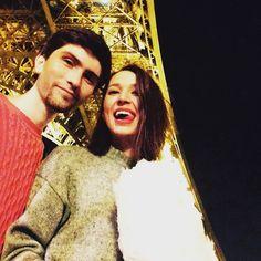 Урааа))) 1 час в очереди и мы залезли на нее))) привет мой Париж) by aidafazilova