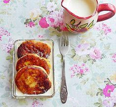 Dulciuri fel de fel: Papanasi Romanian Food, Kids Meals, French Toast, Snacks, Homemade, Cookies, Breakfast, Healthy, Desserts