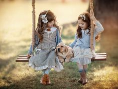 A by Irina Nedyalkova on Cute Kids Photography, Amazing Photography, Photography Poses, Sister Photography, Happy Friendship Day Picture, Shooting Photo Amis, Cinderella Cupcakes, Stylish Dpz, Bff Pictures