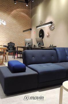 Showroom Movin Concept Destaque para o Sofá Polder, designer Hella Jongerius.