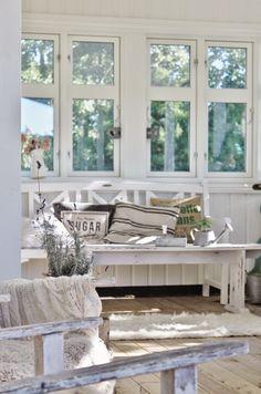 Mias Interior: Front porch