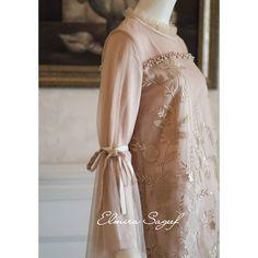 Image may contain: one or more people Hijab Dress, Dress Outfits, Bridesmaids, Bridesmaid Dresses, Wedding Dresses, Modest Fashion, Hijab Fashion, Muslimah Wedding Dress, Kebaya Brokat