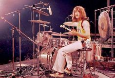 Is this with Atomic Rooster? Carl Palmer