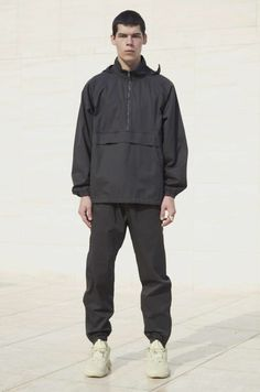 YEEZY season 6 Yeezy Fashion, Mens Fashion, Yeezy Season 6, Yeezy Outfit, Yeezy By Kanye West, Dad Shoes, Guys And Girls, Everyday Look, Joggers