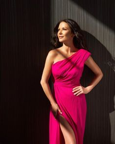 Catherine Zeta Jones, Pink Gowns, Beauty Magazine, Celebrity News, Good Times, Daughter, The Incredibles, Actresses