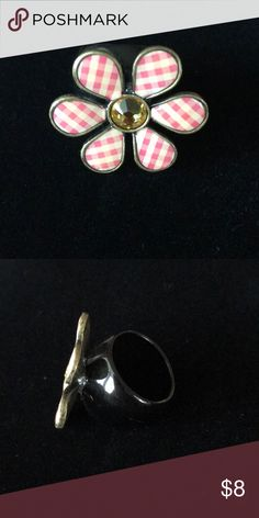 Betsey Johnson flower ring Betsey Johnson plaid flower ring Betsey Johnson Jewelry Rings
