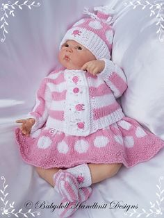 "'Spots & Stripes' Outfit 16-22"" doll/0-3m baby-knitting pattern reborn, knitting pattern, doll, baby"
