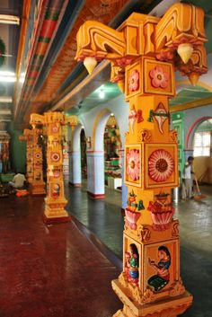 https://flic.kr/p/8fEsQa | Pillars | Colorful pillars of the Kali temple in Trinco