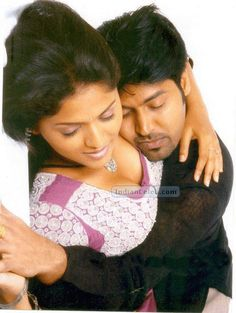 INDIAN ACTRESS: Sunaina boobs press and black bra visible in latest Telugu movie hot song