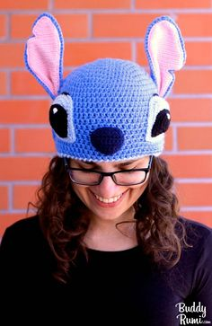 Crochet Hoodies Lilo and Stitch crochet hat pattern Written instructions and step by step tutorials with pictures Stitch Crochet, Crochet Stitches, Knit Crochet, Crochet Patterns, Hat Patterns, Amigurumi Patterns, Free Crochet, Crochet Crafts, Crochet Dolls