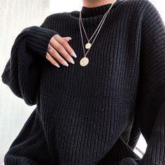 #blacksweater #warmandcozy #blackoutfit #goldennecklace #fallautumn #falloutfit #coldseasonoufit #autumnfashion #fashion #sweaterweather Golden Necklace, Sweater Weather, Black Sweaters, Warm And Cozy, Fall Outfits, Autumn Fashion, Ootd, Fall Fashion, Autumn Outfits