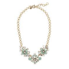 J.Crew - Crystal wildflowers necklace. Este en colores grises, negro y ivory en vez del turquesa.