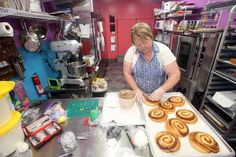 Mimi's Sweet Treats bakery is sweet addition to Holts Summit | News Tribune