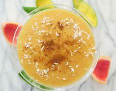 smoothie med grapefrukt, mango och kokos