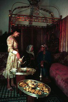 Morocco. Fez. Tea time for women. 1983 @@@@....http://www.pinterest.com/30041974marina/harem-life/