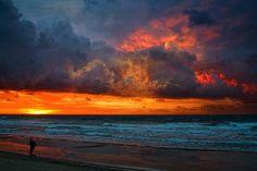 好美的海邊晚霞。