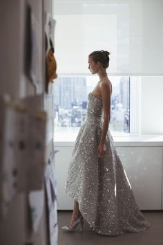 Karlie Kloss at Oscar de la Renta fitting