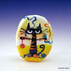 """THE KNITTY KITTY"" byKAYO a Handmade CREATIVE CAT Lampwork Glass Focal Bead SRA #Lampwork"