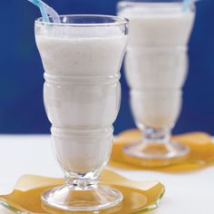 A Cleanse That's Good for You  : Banana-Shake Recipe: Need a Resistant Starch shortcut? Eat a banana. They're the secret reason this shake is such a slimming way to start your morning. If you are not a breakfast eater, shakes are also an easy way to get the Resistant Starch you need without feeling stuffed.