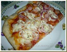 Le Ricette della Nonna: Pizza con wurstel e cipolla Vegetable Pizza, Bread, Vegetables, Pane, Snack, Food, Brot, Eten, Breads