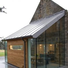 New Technology Glasses - contemporary extensions using modern frameless glass technology – edge frameless Extension Veranda, Cottage Extension, Glass Extension, Roof Extension, Extension Google, Extension Ideas, Architecture Extension, Architecture Design, Building A Porch