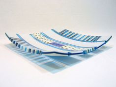Fused glass On-Edge thick Plate. Transparrent Deep by RamizGlass