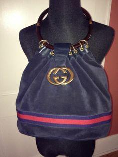 Gucci Handbags Spread the love Gucci Purses, Gucci Handbags, Purses And Handbags, Gucci Bags, Designer Handbags, Vintage Gucci Purse, Vintage Purses, Vintage Bags, Black Gucci Belt
