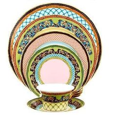 Versaceu0027s  Russian Dream  is my fantasy dinnerware. They donu0027t even make  sc 1 st  Pinterest & 414 best BB - Versace Rosenthal images on Pinterest | Versace Bb ...