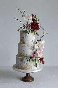 Source insta One of the most important accents of your amazing wedding day is wedding cake! I hope you will find the one that will make your wedding more perfect. Find a wedding cake of your dreams! Blush Wedding Cakes, Big Wedding Cakes, Floral Wedding Cakes, Elegant Wedding Cakes, Beautiful Wedding Cakes, Wedding Cake Designs, Wedding Cake Toppers, Beautiful Cakes, Wedding Day