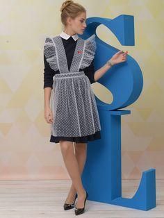 школьный фартук фото красивые модели: 7 тыс изображений найдено в Яндекс.Картинках Maid Uniform, School Fashion, Button Up, Russia, Dresses For Work, Shirt Dress, Sewing, Children, Lace