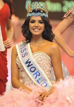 Miss World Philippines 2013 beauty queen titleholder. Descri… – Clock World Miss Pageant, Pageant Girls, Miss America 2013, Miss America Contestants, Miss Universe Crown, Venezuelan Women, Miss World 2000, World Winner, Miss India