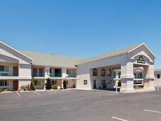 Cedar City (UT) Days Inn Cedar City United States, North America Located in Cedar City, Days Inn Cedar City is a perfect starting point from which to explore Cedar City (UT). The hotel offers a high standard of service and amenities to suit the individual needs of all travelers. Facilities like free Wi-Fi in all rooms, 24-hour front desk, facilities for disabled guests, family room, laundry service are readily available for you to enjoy. Some of the well-appointed guestrooms f...