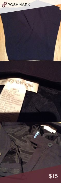 Jones New York Navy Pants Lined Navy Pants Jones New York with side picks, pleats and backs detail pockets Jones New York Pants Trousers