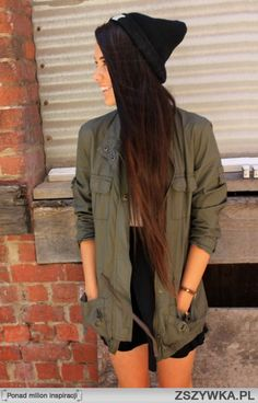 Looove this dark ombre. Been thinking about doing this on myself, and I think I've gotta make it happen now!