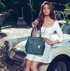Best Alia Bhatt fun on Indian Bollywood Actress, Bollywood Actress Hot Photos, Bollywood Actors, Indian Actresses, Couture Fashion, Boho Fashion, Alia Bhatt Varun Dhawan, Gamine Style, Soft Gamine