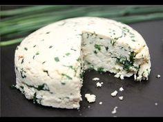 Domáci bylinkový syr s medvedím cesnakom a pažítkou - YouTube
