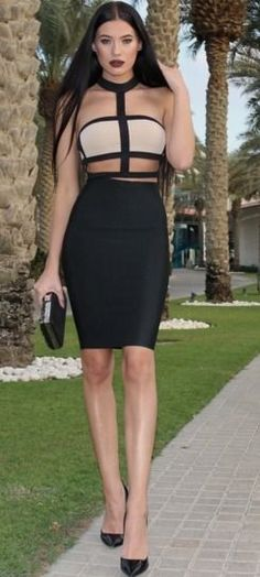 Cut Out Crop dress , too sexy 👗❤️😍 Estilo Fashion, Ootd Fashion, Fashion Beauty, Womens Fashion, Sexy Dresses, Short Dresses, Fashion Dresses, Laura Badura, Cozy Winter Outfits