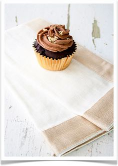 Ferrero hazelnut cupcakes with Nutella butter cream frosting☆☆☆♡