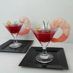 Shrimp Mocktail - made of Kellogg's Rice Krispie Treats and fondant.  I used strawberry perserves as mocktail sauce and added a little slice of candy lemon and fondant chives for garnish!