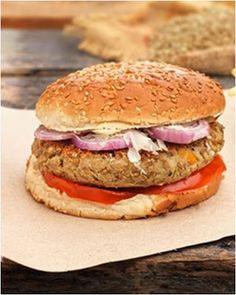 Vegan Recipes, Cooking Recipes, Salmon Burgers, Food And Drink, Chicken, Ethnic Recipes, Vegane Rezepte, Chef Recipes