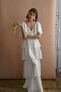 Sabrina blouse and Carmen tiered skirt set reminiscent of Classical Roman sculpture and gardenia flower petals 〰〰〰 Hippie Stil, Estilo Hippy, Bridal Gowns, Wedding Dresses, Bridal Lace, Look Fashion, Fashion Design, Woman Fashion, Facon