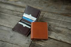 3214 Bifold Wallet Vertical Minerva by HEVITZ on Etsy
